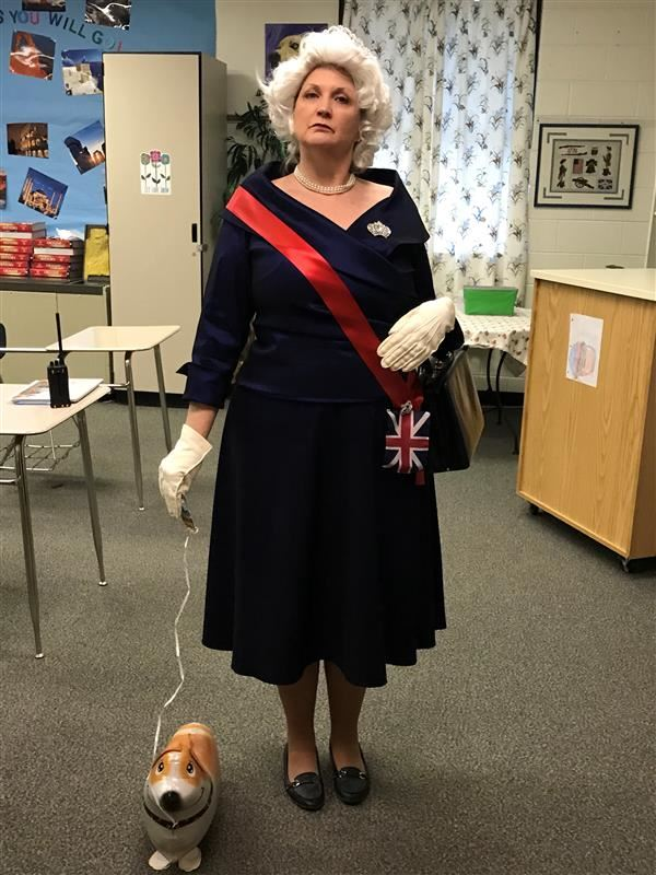 The Queen Spends Halloween at BEA